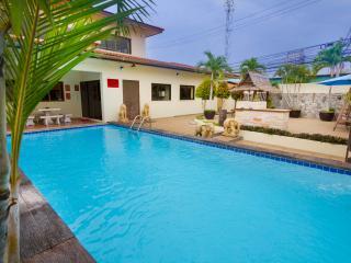 Baan ViewBor 4 bedroom villa near Walking Street - Pattaya vacation rentals