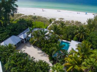 Limefish, spectacular beachfront location! - Anna Maria Island vacation rentals