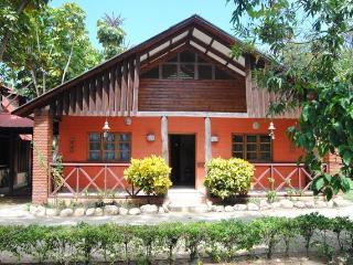 Rancho Ruisenor Ecologico A - Jarabacoa vacation rentals