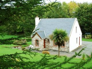 Beautiful 3 bedroom Cottage in Garrykennedy - Garrykennedy vacation rentals