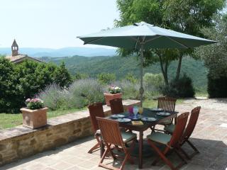 Charming 3 bedroom Villa in Montone - Montone vacation rentals