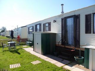 2 bedroom Caravan/mobile home with Internet Access in Winchelsea - Winchelsea vacation rentals