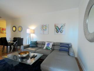 3 bedroom Condo with Internet Access in Manhattan - Manhattan vacation rentals