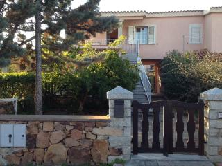 Il melograno /Appartamento - San Teodoro vacation rentals