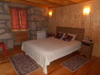 Nice Private room with Dishwasher and Washing Machine - Castro Daire vacation rentals
