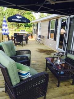 Bright 3 bedroom Port Colborne Cottage with Television - Port Colborne vacation rentals
