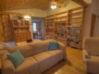 Perfect House with Internet Access and Satellite Or Cable TV - Warren vacation rentals