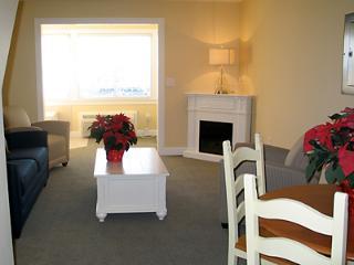 2 beroom suite - The Breakers resort - Dennis Port vacation rentals