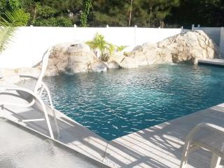 3 Bed 2.5 Townhouse Seaview Drive - Nassau vacation rentals