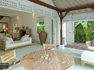 Romantic Villa with Internet Access and Shared Outdoor Pool - Ubud vacation rentals