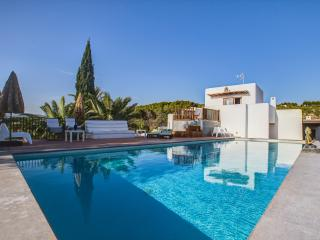Can Skye, Bohemian chic Swimming pool and Sea view - Sant Carles de Peralta vacation rentals