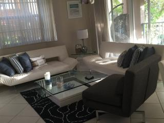 3 BD 2 BA YATCH CLUB NEWLY RENOVATED APARTMENT. - Aventura vacation rentals