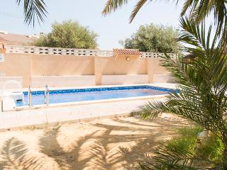 4 Bed 5 Bath Villa near the Beach, El Campello - Campello vacation rentals