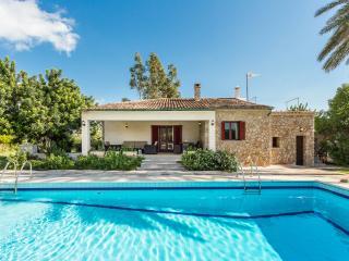 HOUSE WITH TENNIS AND POOL CAIMARI - Caimari vacation rentals