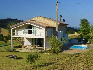 Country Loft in Marche countryside - Morrovalle Scalo vacation rentals