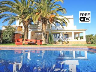 Holiday home for rent: Villa with pool in L´Escala - L'Escala vacation rentals