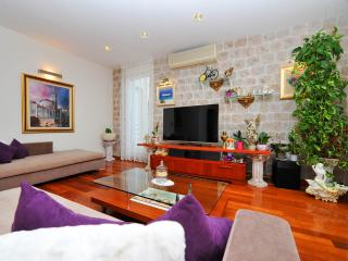 Luxury seaside apartment **** - Split vacation rentals