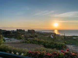 Breathtaking sunset views! 3BR villa, private pool - Kissonerga vacation rentals