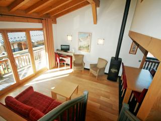 Les Cimes 4-bedroom apt with wraparound balcony - Les Houches vacation rentals