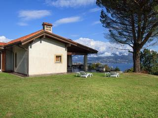 Admirable villa for perfect relaxing vacations - Stresa vacation rentals