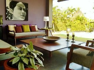 The Uma , a modern villa in Bali - Canggu vacation rentals