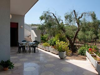 4 bedroom Villa with Internet Access in Monteroni di Lecce - Monteroni di Lecce vacation rentals