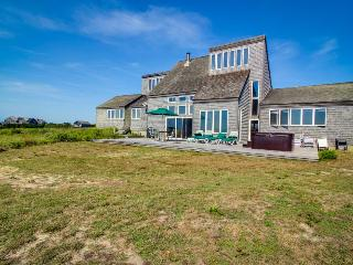 Peaceful oceanfront home with private hot tub & beach access - Nantucket vacation rentals