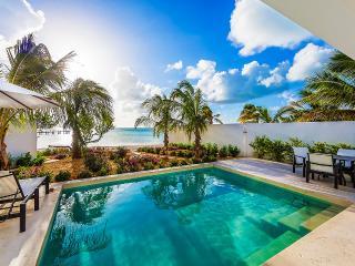 Villa Amalfi, Sleeps 2 - Sapodilla Bay vacation rentals
