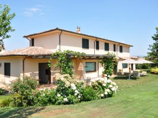 Bright 7 bedroom Villa in Sutri - Sutri vacation rentals