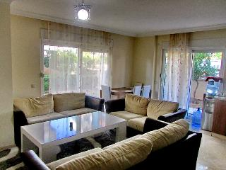 Cozy apt 1+1 with pool, 350 m from the sea - Antalya vacation rentals