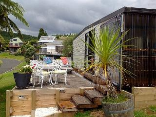 The Hula Hut - Opoutere vacation rentals