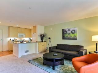 Romantic 1 bedroom Apartment in Foster City with Internet Access - Foster City vacation rentals
