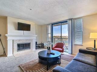 Waterfront Living 2/2 Foster City - Foster City vacation rentals