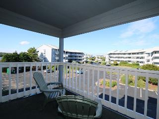 Spinnaker Point 203C - Condo in quiet community with a pool and beach access - Carolina Beach vacation rentals