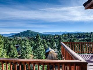 Stunning and Spacious home in Truckee – Big Decks and a Sauna - Truckee vacation rentals