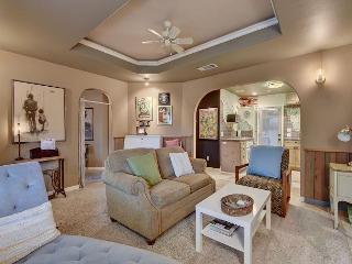 Classic 2BR Home Walk to Rainey Street - Austin vacation rentals