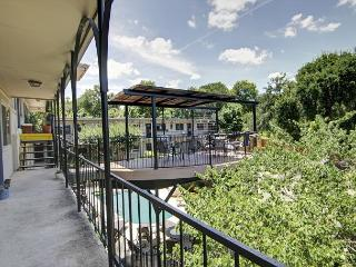 South River Condo - 1br/1ba - Walk to South Congress & Lady Bird Trail! Pool! - Austin vacation rentals