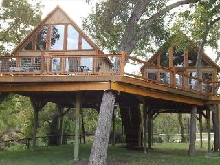 #3 Laughing Water Cabin - Retreat into Peace and Nature - Geronimo Creek - Seguin vacation rentals