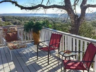'Casa del Arbol'(tree house) Relaxing Deck Overlooking Canyon Lake, Sleeps 12 - Canyon Lake vacation rentals