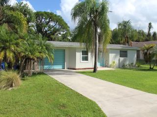 Bokeelia Island Cottage with Large yard and pool - Bokeelia vacation rentals