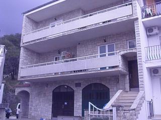 7172  A(6) - Podgora - Podgora vacation rentals