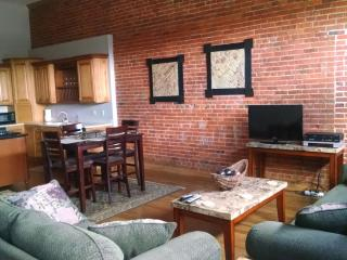 1 bedroom Condo with Dishwasher in Hastings - Hastings vacation rentals