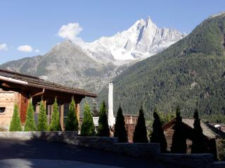 Nice Chalet with Internet Access and Satellite Or Cable TV - Chamonix vacation rentals