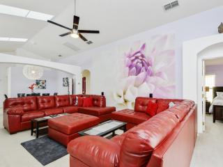 Luxury 5 Bed Villa Disney Frozen and Home Cinema - Davenport vacation rentals
