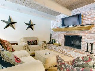 Walk to chairlift from Western-style condo w/shared hot tub! - Aspen vacation rentals
