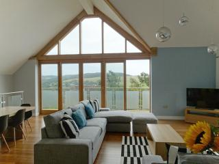 pippin - Charmouth Holiday Property Sea Views - Charmouth vacation rentals