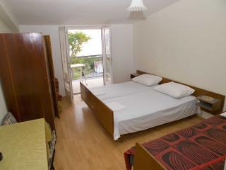 2644  R1(3) - Podaca - Podaca vacation rentals