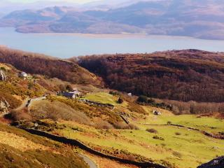 Agnes Fach Holiday Cottage with Snowdonia Panorama - Barmouth vacation rentals