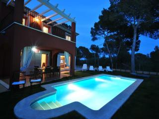 Pareado con piscina y jardín propios en Cala Pi. - Cala Pi vacation rentals