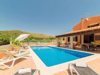 Villa de 5 dormitorios para 9 personas. Wifi.BBQ - Capdepera vacation rentals